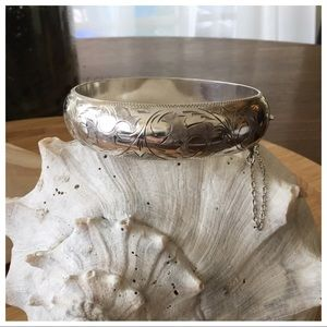 VTG Sterling Silver Wide Hinged Bangle Bracelet